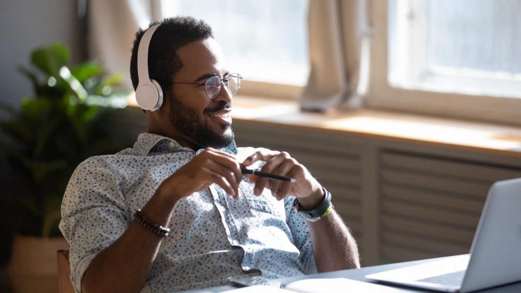 pourquoi lancer podcast entreprise business