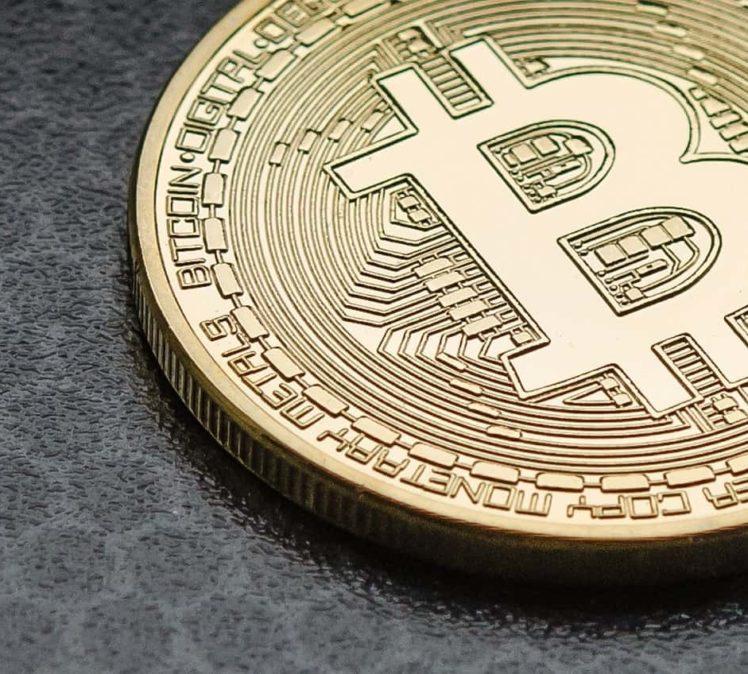 Le Bitcoin et les cryptomonnaies vont-ils remplacer l'argent classique ?